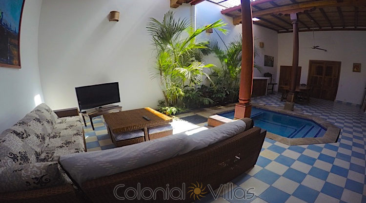 colonial - homes GOPR2041